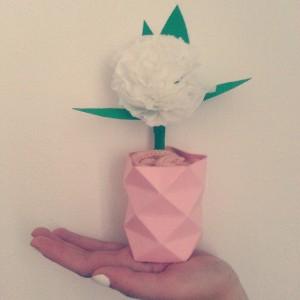 Bonjour Monsieur le fleuriste je voudrais une fleur Une fleurhellip